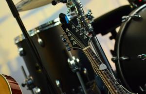 instruments d'un groupe de musique